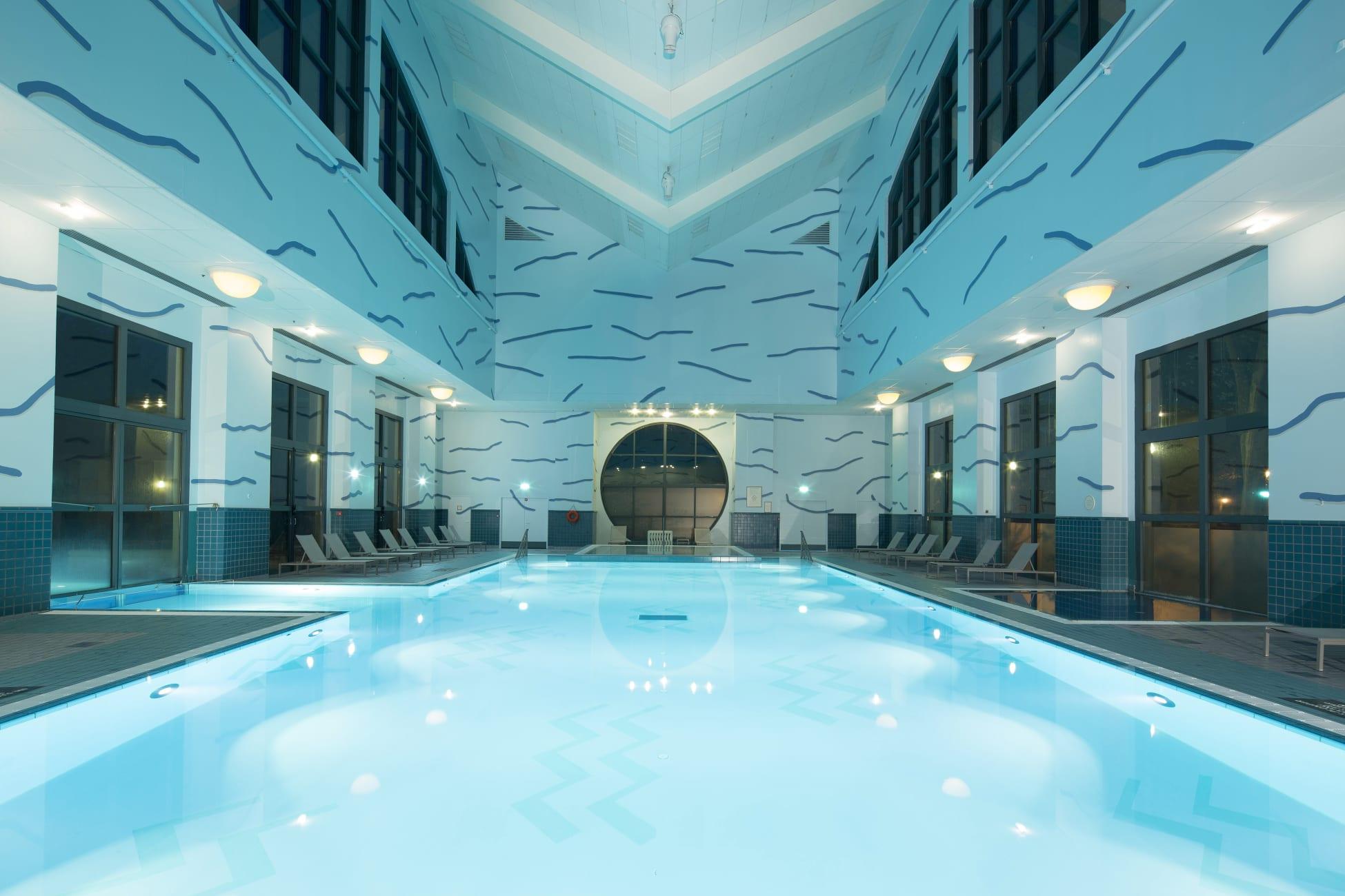 Hotel Disney's Hotel New York, Chessy - Trivago.ae destiné Piscine Serris