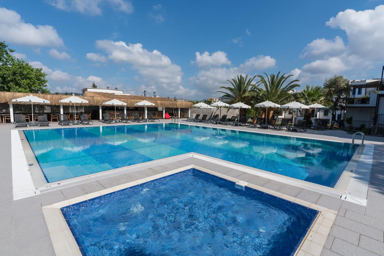 Hotel Dorman Suites, Bitez, Turkey - Booking encequiconcerne Piscine Agora