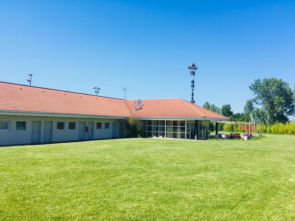 Hôtel Evan, Lempdes Sur Allagnon – Tarifs 2020 intérieur Piscine Lempdes