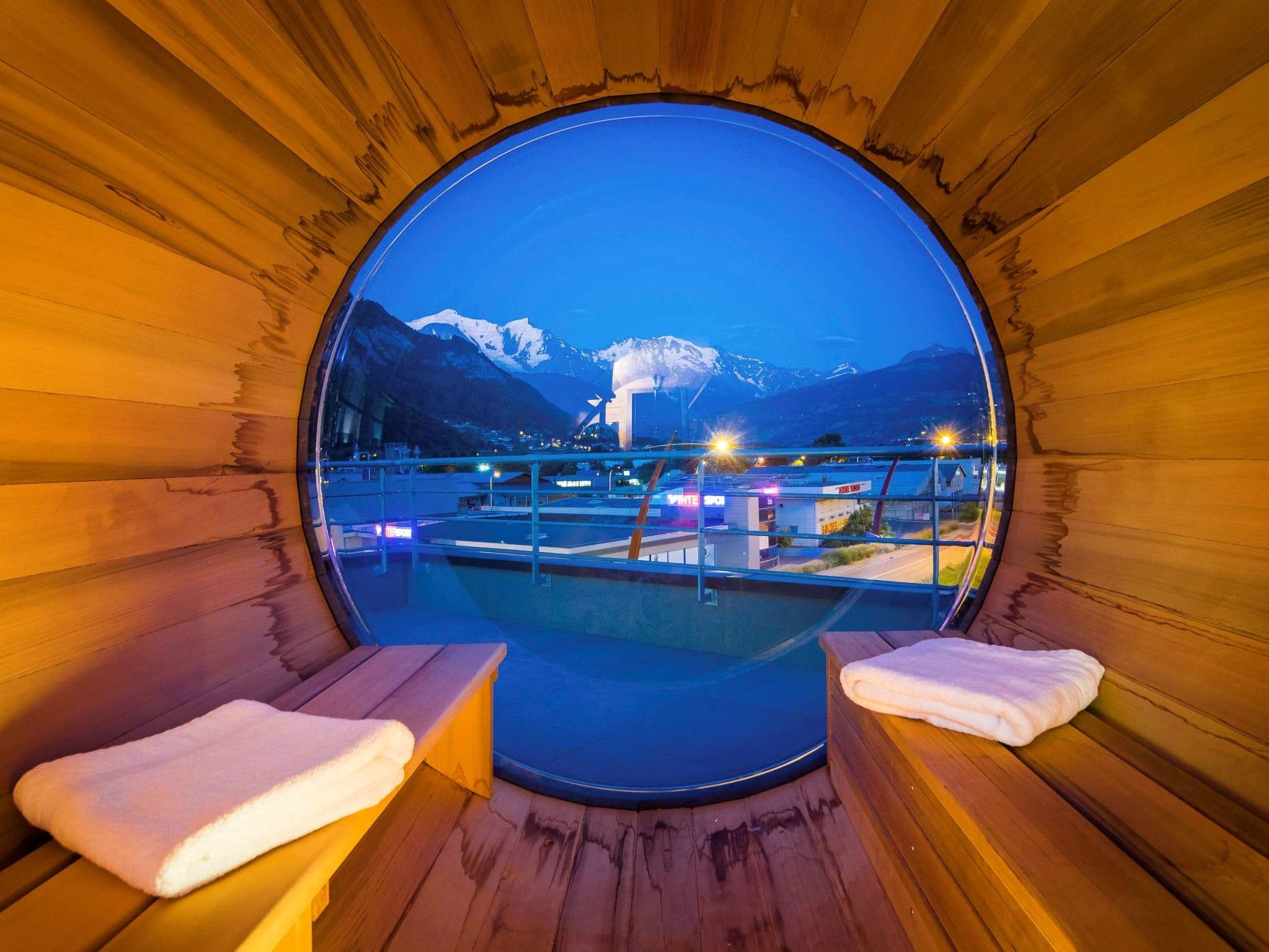 Hotel Ibis Styles Sallanches Pays Du Mont-Blanc, Sallanches ... intérieur Piscine Sallanches