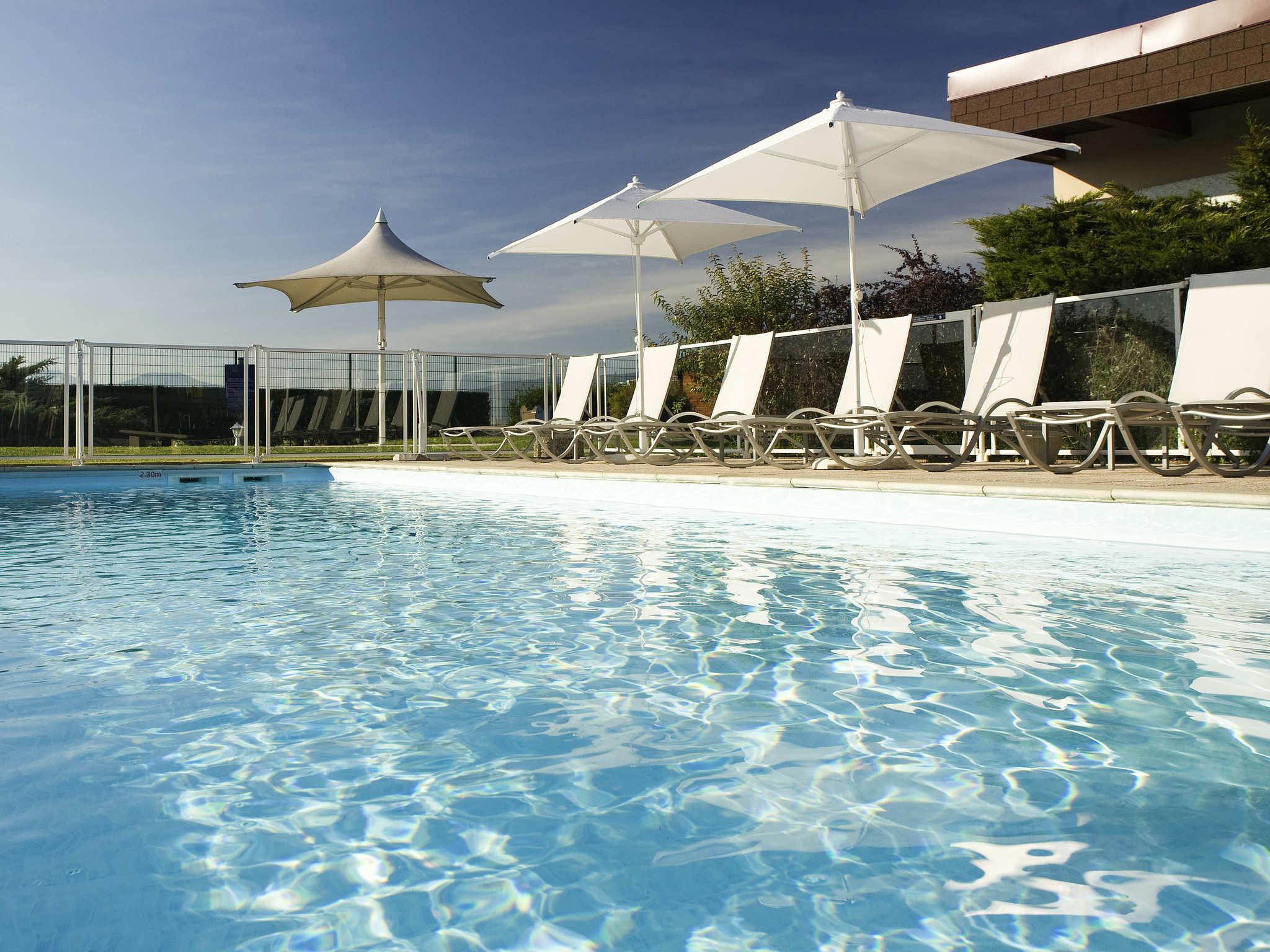 Hotel In Colmar - Ibis Styles Colmar Nord - All dedans Piscine Tours Nord