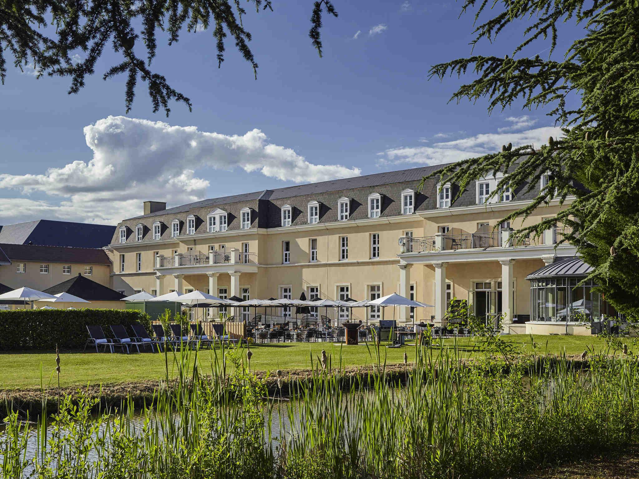 Hotel In Vineuil Saint Firmin - Hôtel Mercure Chantilly ... intérieur Piscine Creil