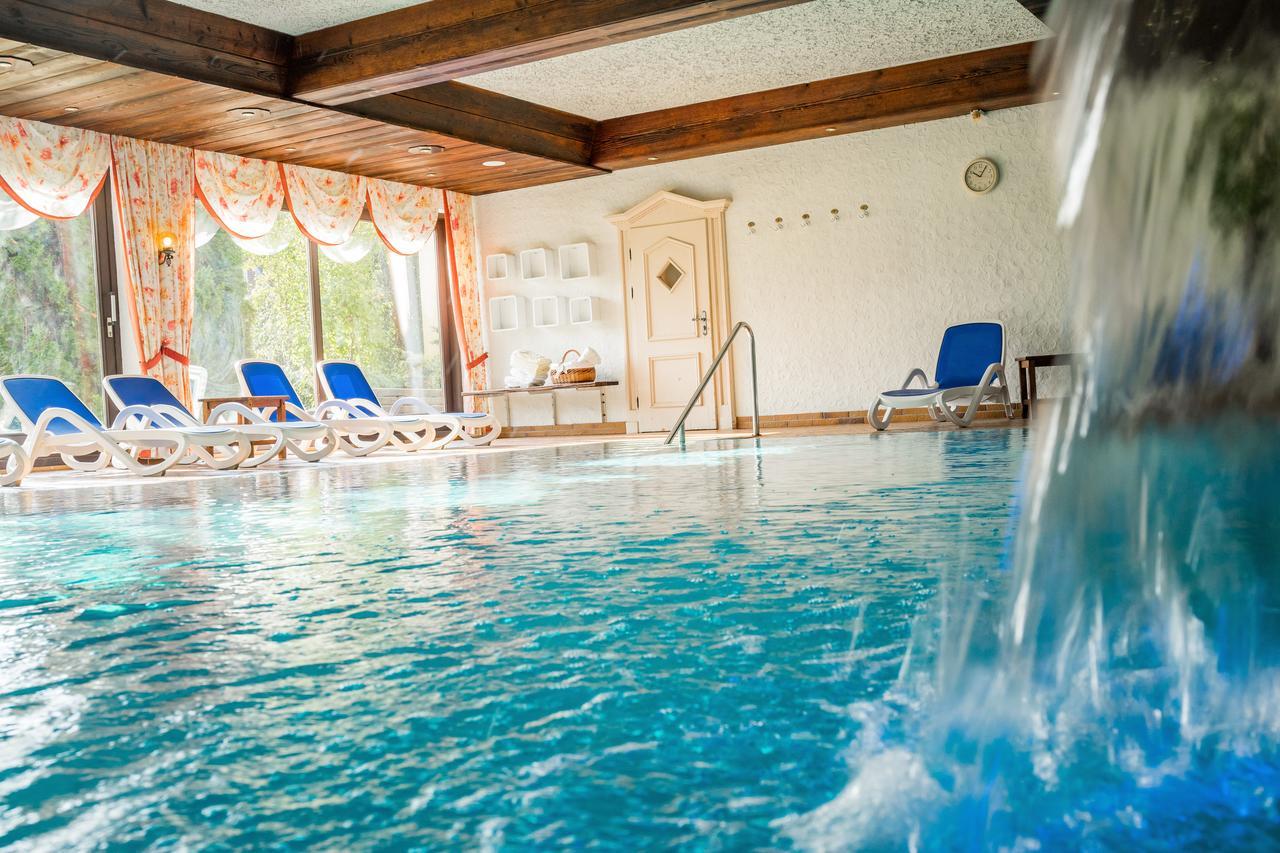 Hotel Krone Igelsberg (Almanya Freudenstadt) - Booking destiné Piscine Offenburg