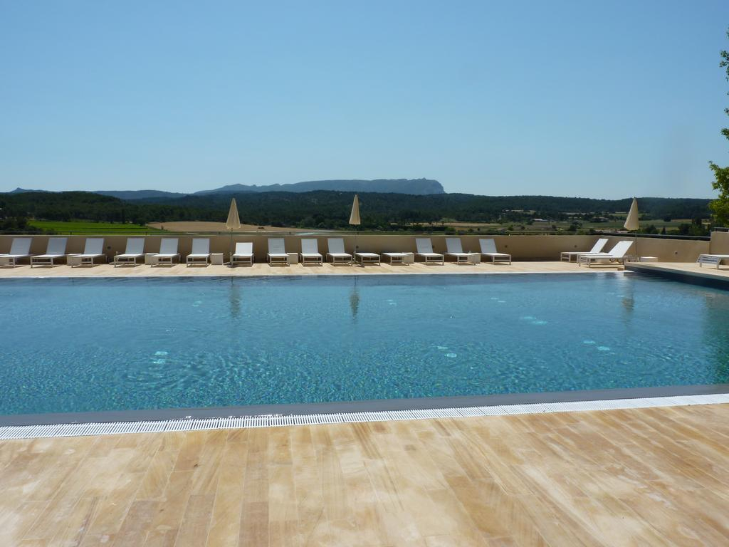 Hotel La Bastide De Venelles, France - Booking tout Piscine Venelle
