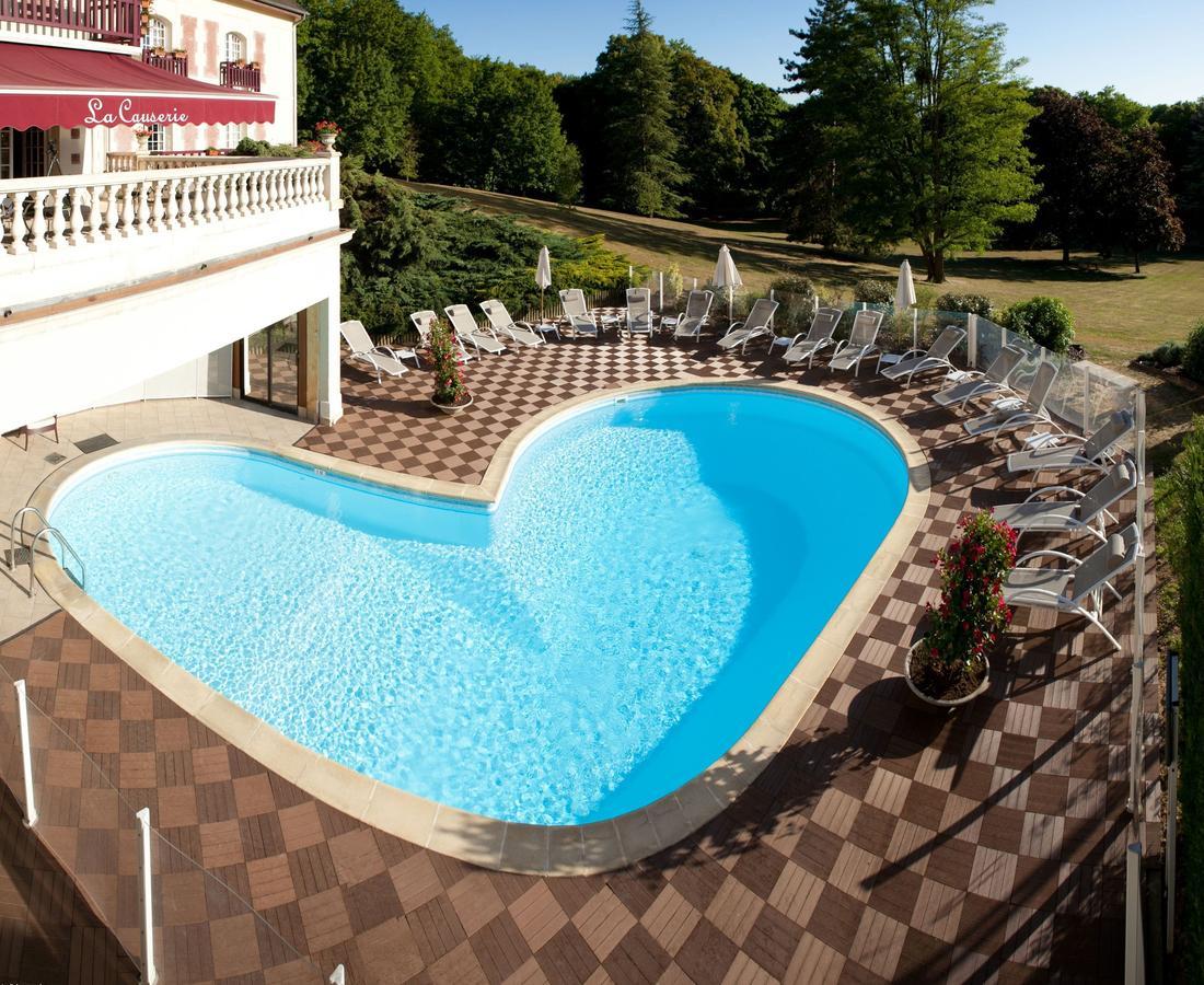 Hotel Le Château De La Tour, Gouvieux, France - Booking tout Piscine Liancourt