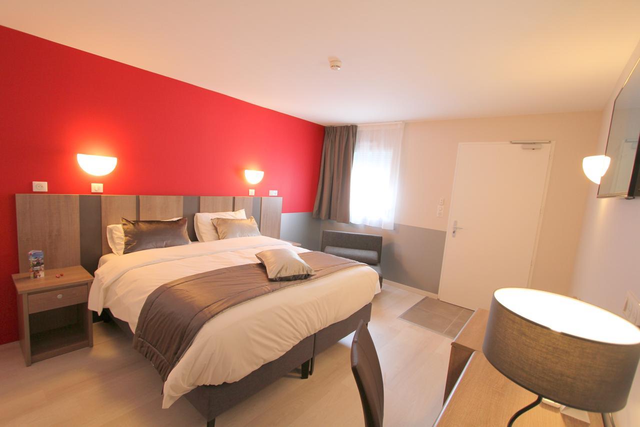 Hotel Le Grand Turc, L'oie, France - Booking concernant Piscine Boufféré