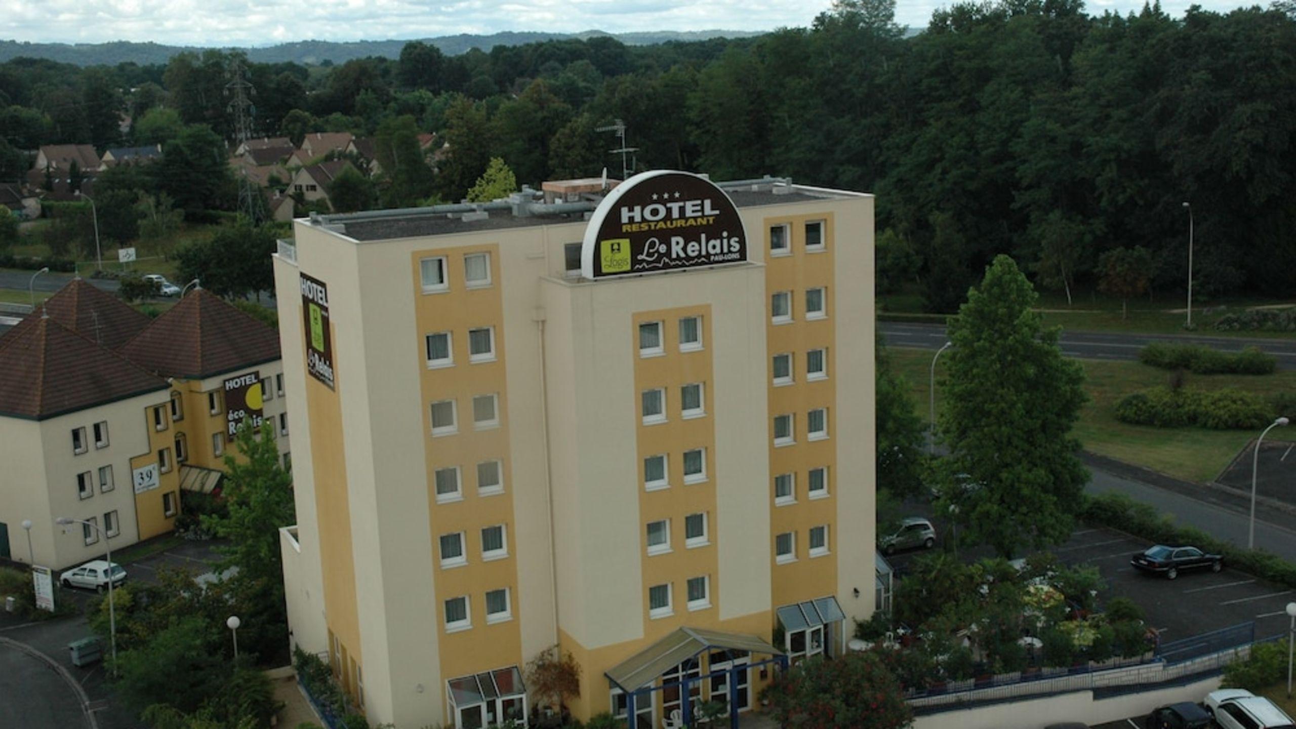 Hôtel Le Relais | Etstur tout Piscine Lons