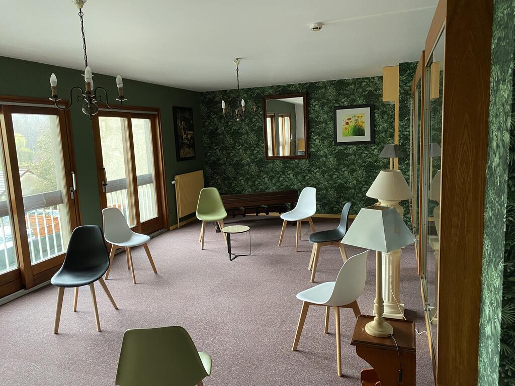 Hotel Les Cigognes, Abreschviller, France - Booking concernant Restaurant La Piscine Sarrebourg