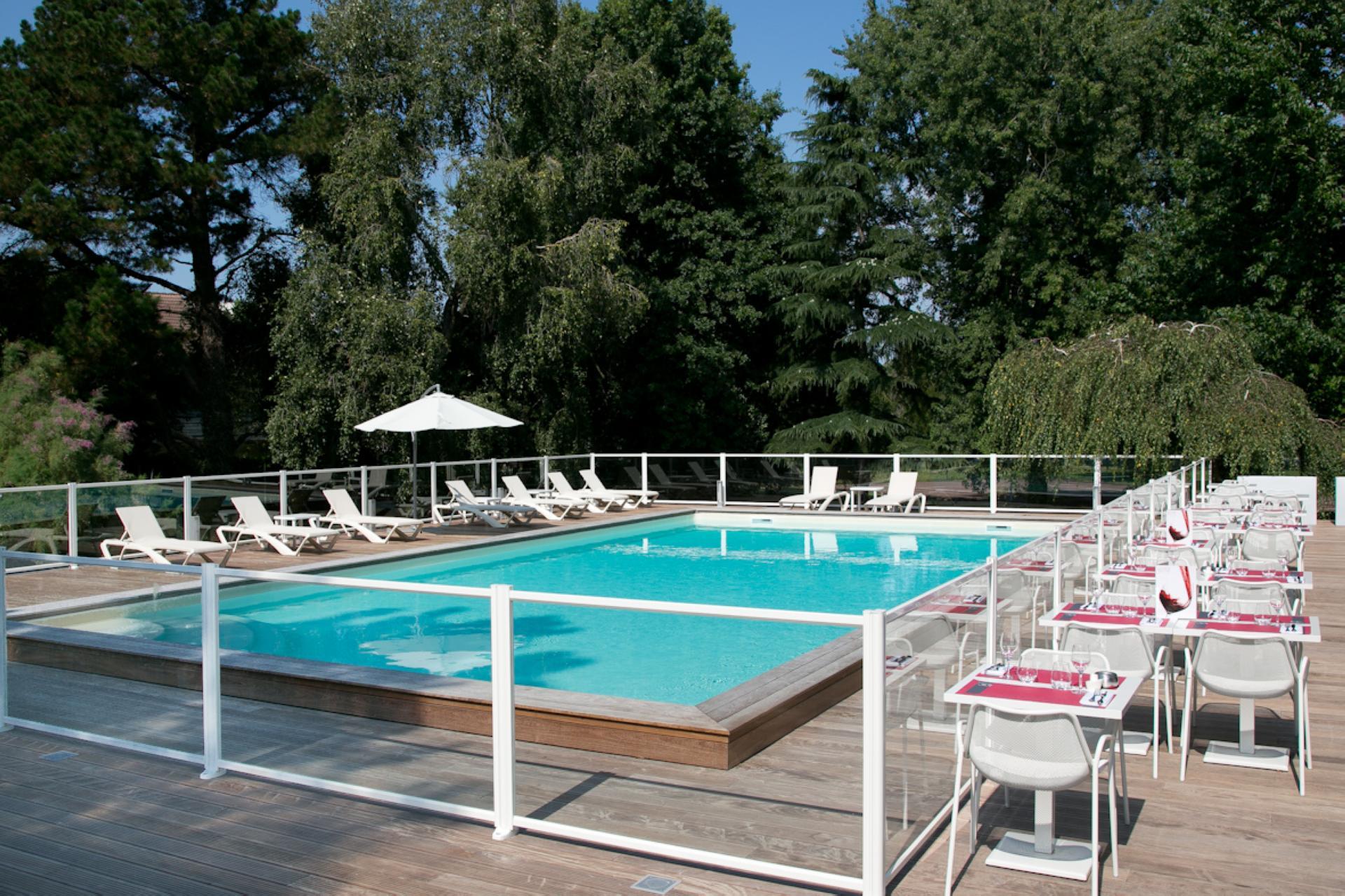 Hôtel Mercure Bordeaux-Lac à Pisciniste Bordeaux