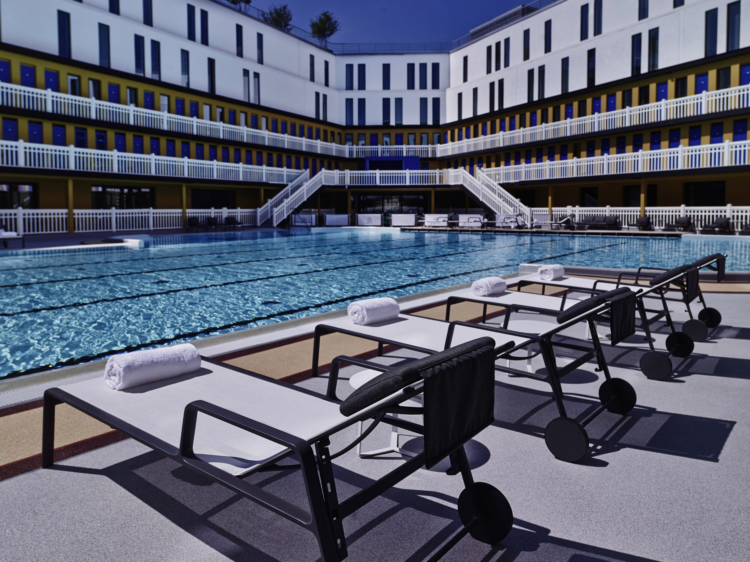 Hotel Molitor Babyccino Kids: Daily Tips, Children's ... pour Hotel Paris Piscine