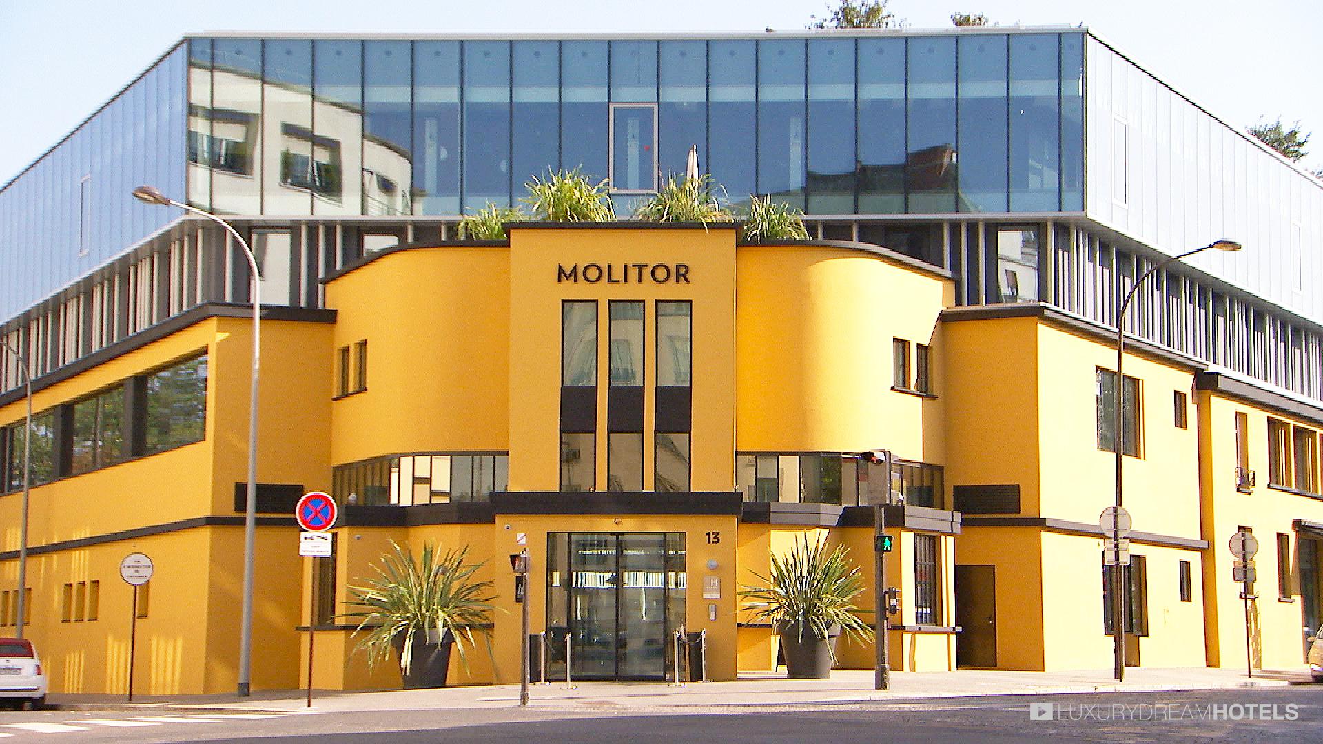 Hotel Molitor Paris By Alain Derbesse Architects – Bar Furniture avec Piscine Molitor Restaurant