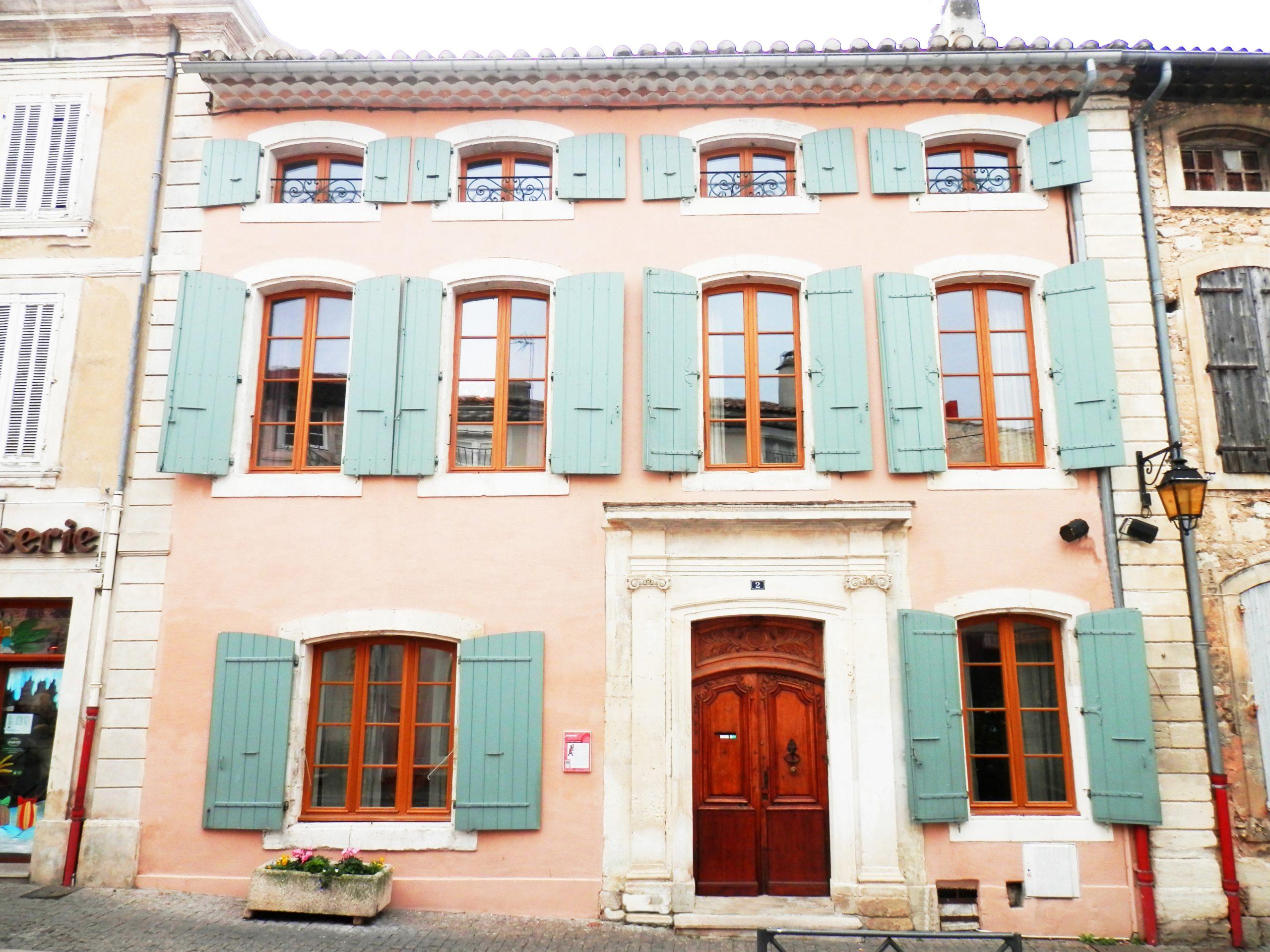 Hotel Payan Champier – Gite Chambre D'hotes Près De ... encequiconcerne Piscine Saint Paul Trois Chateaux