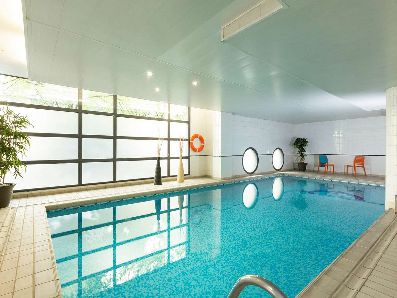 Hotel Rat On The Staff - Review Of Residhome Courbevoie La ... pour Piscine Courbevoie