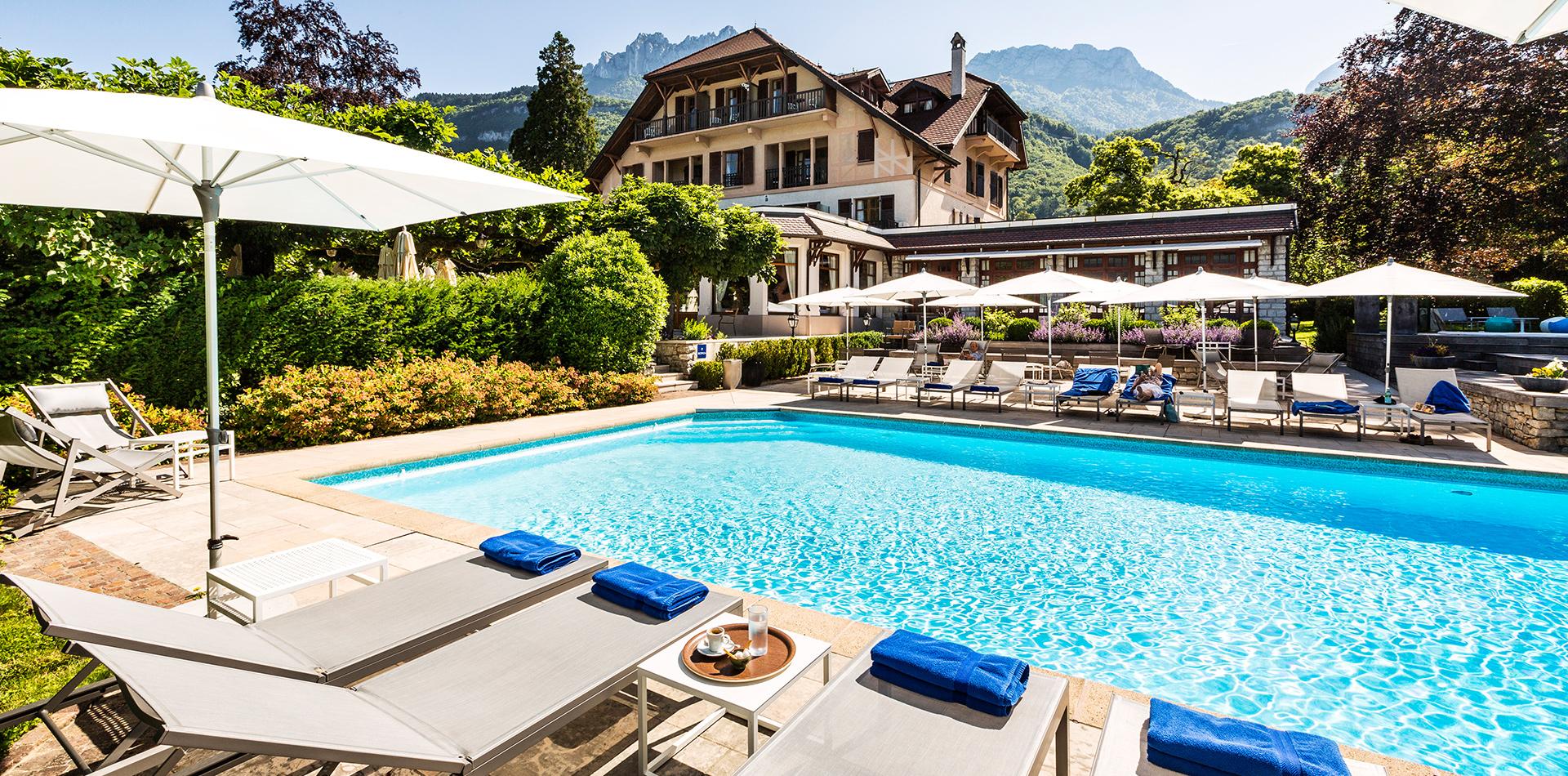 Hôtel Restaurant Avec Piscine Au Bord Du Lac Annecy pour Hotel Avec Piscine Privée Dans La Chambre France