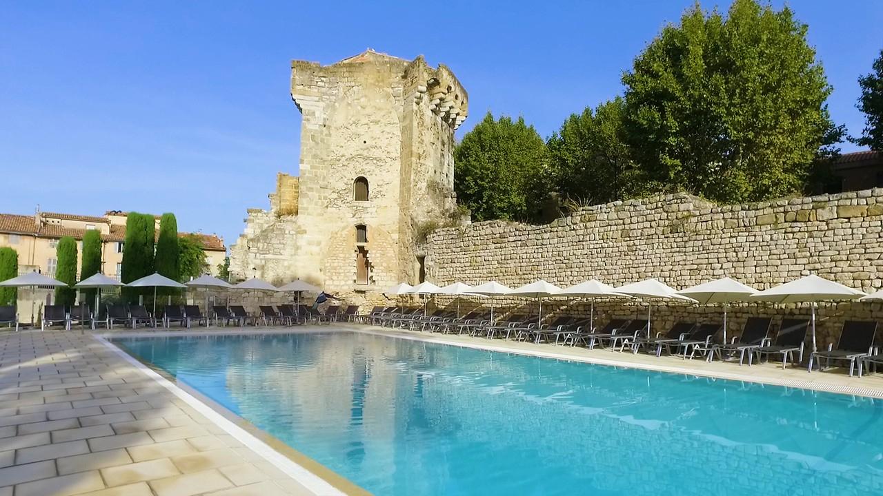Hotel Spa Aquabella In Aix En Provence, France serapportantà Hotel Piscine Marseille