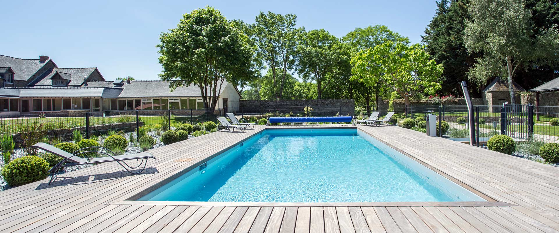 Hotel With Swiming Pool - Hotel De L'abbaye Le Tronchet serapportantà Hotel Avec Piscine Ile De France