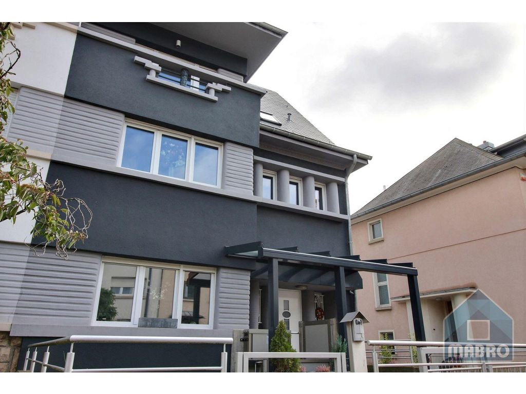 House 5 Rooms For Sale In Oberkorn (Luxembourg) - Ref. 11Quo ... pour Piscine Oberkorn