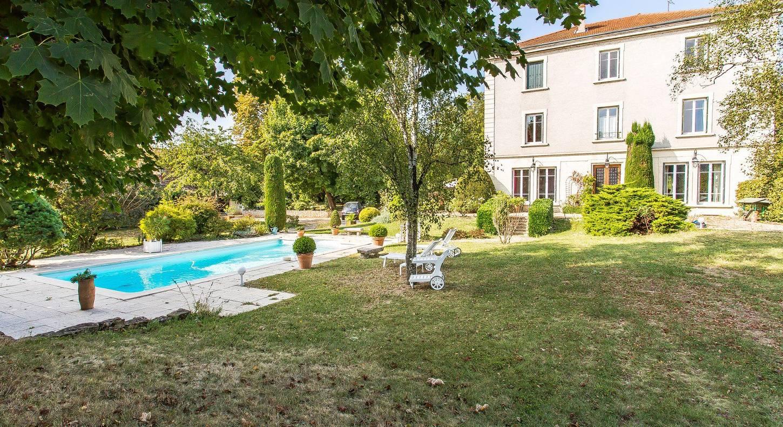 House / Villa Sainte-Foy-Lès-Lyon Ouest Lyonnais 350 M² concernant Piscine Ste Foy Les Lyon