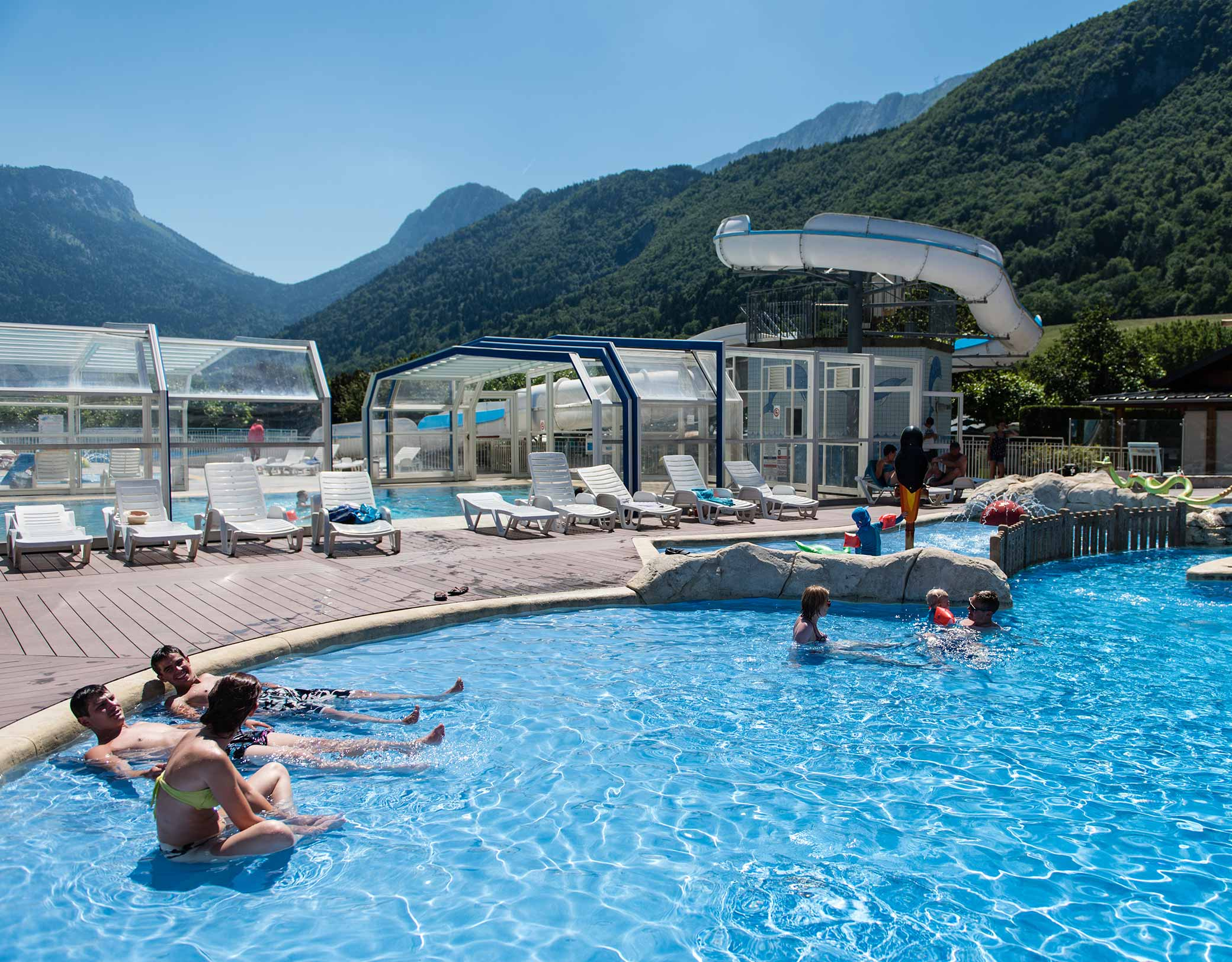 Idéal Campground In Lathuile - French Alps - Savoie Mont Blanc serapportantà Camping Annecy Avec Piscine