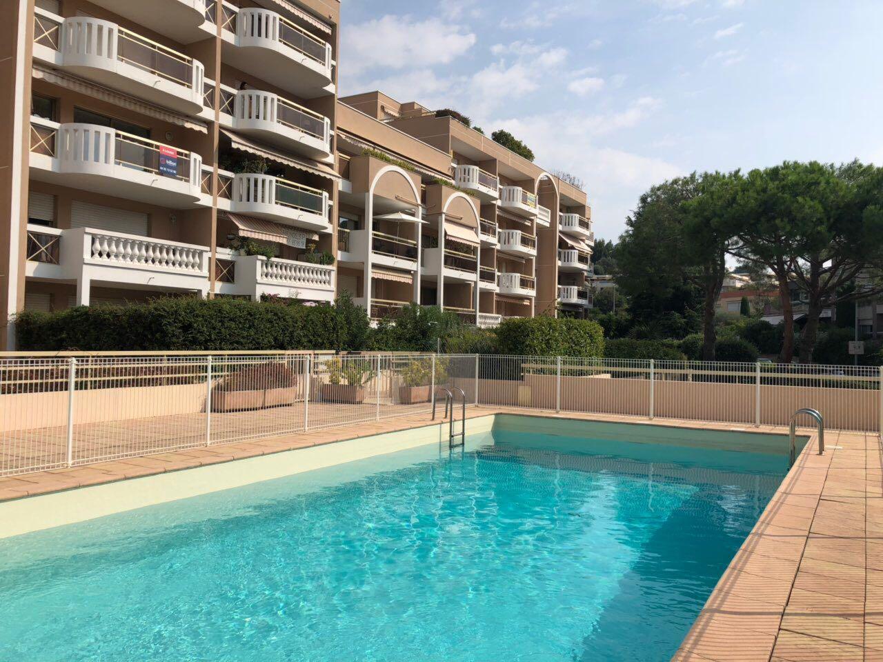 Immobilier Appartement St Laurent Du Var Saint Laurent Du ... serapportantà Piscine Saint Laurent Du Var
