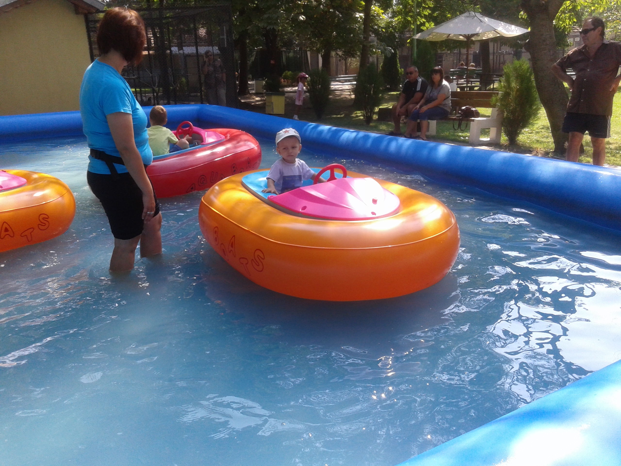 Inflatable Pool For Water Ball Or Bumper Boats - Waterball ... avec Tobogan Piscine
