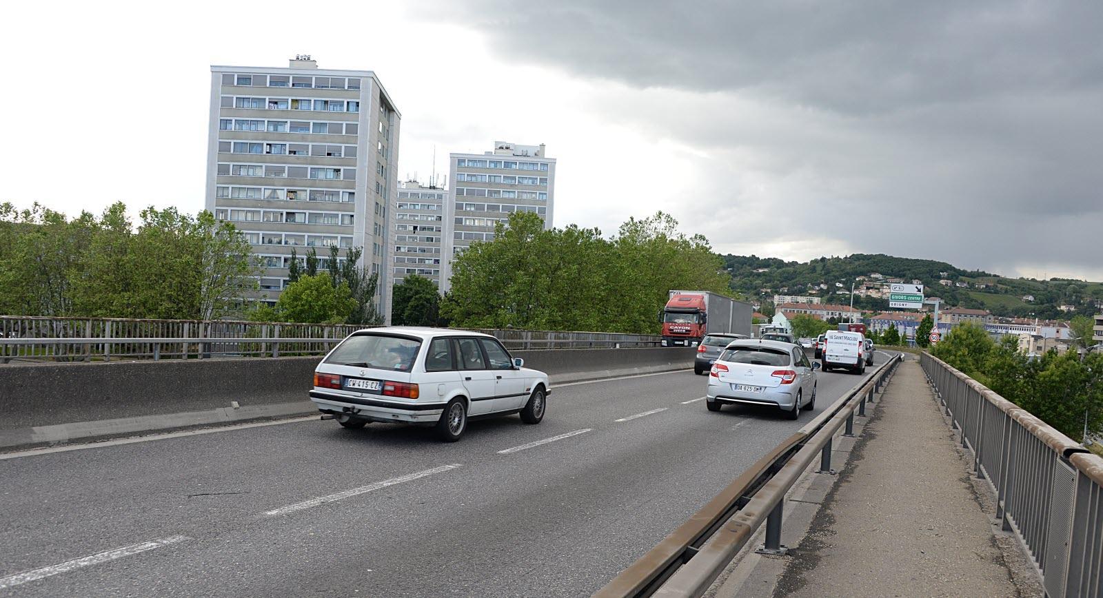 Isère-Nord | Travaux Sur L'a47 Au Niveau Du Pont De Givors À ... intérieur Piscine De Givors
