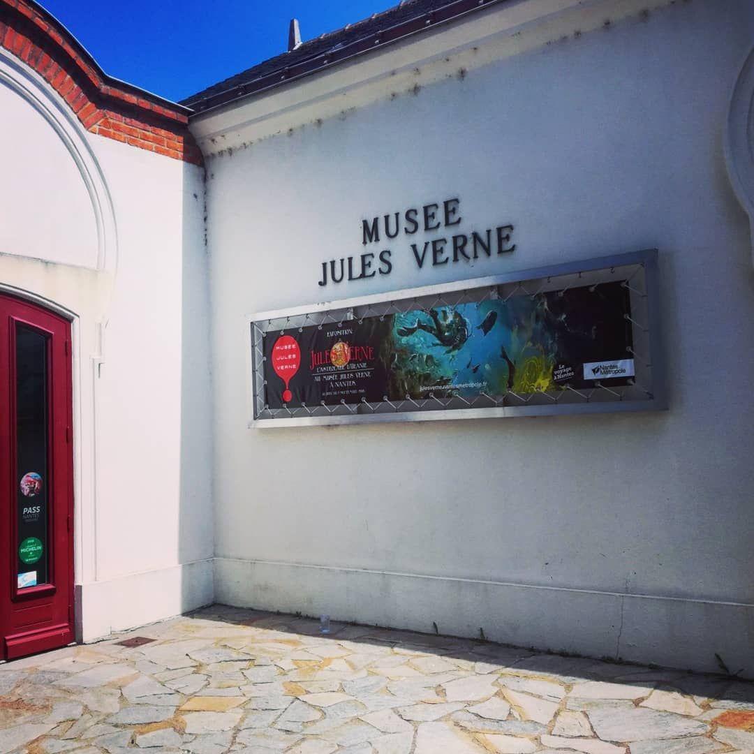 Je Suis Arrivé À Nantes Quand Même Julesville A Été Trouvée ... intérieur Jules Verne Piscine