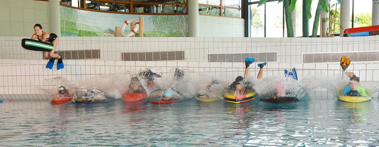 Jeunes – Les Olympiades À La Cité De L'eau À Amphion : Un ... dedans Piscine Amphion