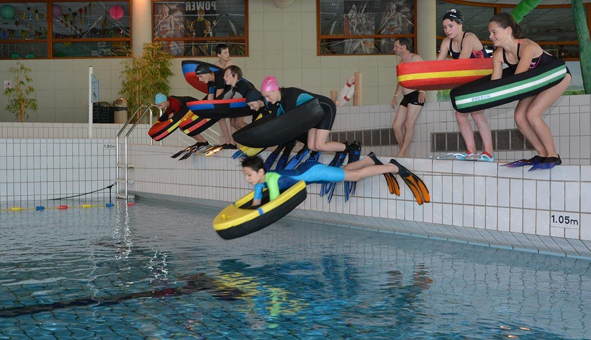Jeunes – Les Olympiades À La Cité De L'eau À Amphion : Un ... intérieur Piscine Amphion