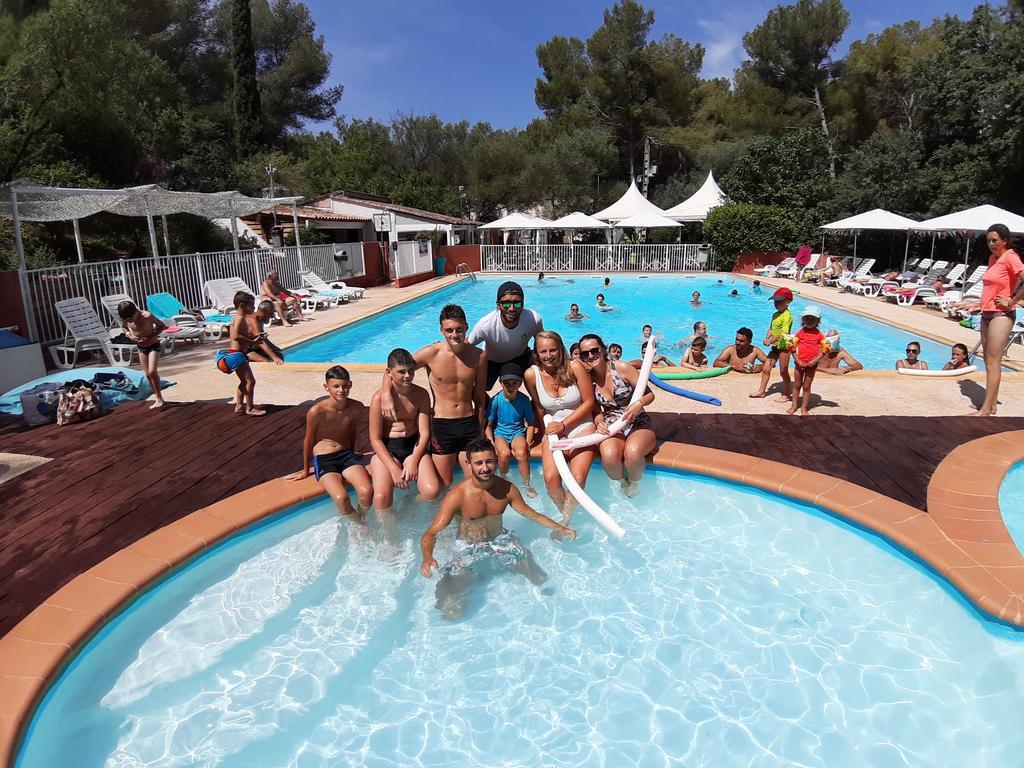 Kamp Alanı Le Beau Vezé (Fransa Carqueiranne) - Booking encequiconcerne Camping Bandol Avec Piscine