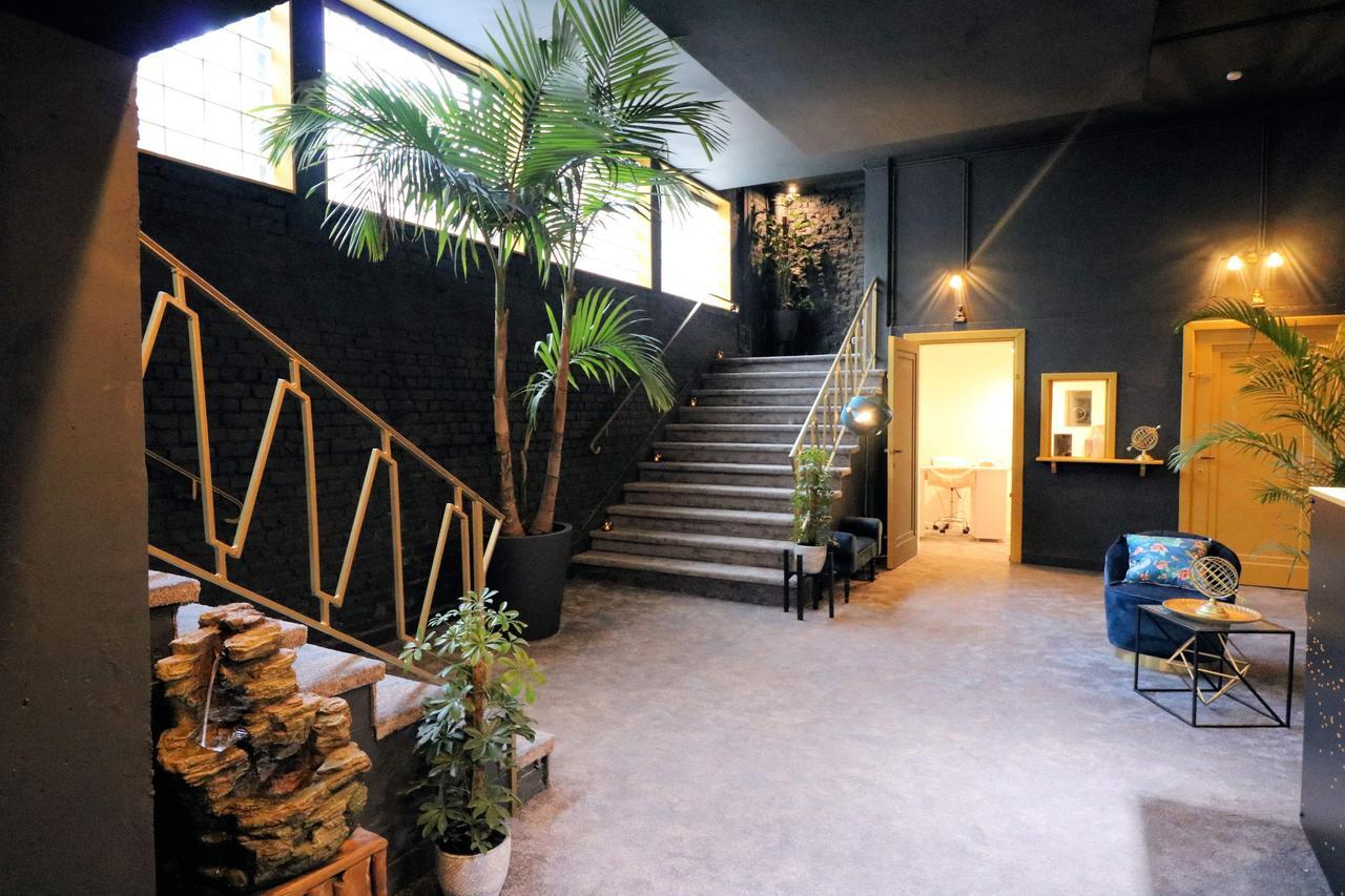 Konukevi Poseidon Wellness & Suite (Belçika Mouscron ... intérieur Piscine Mouscron