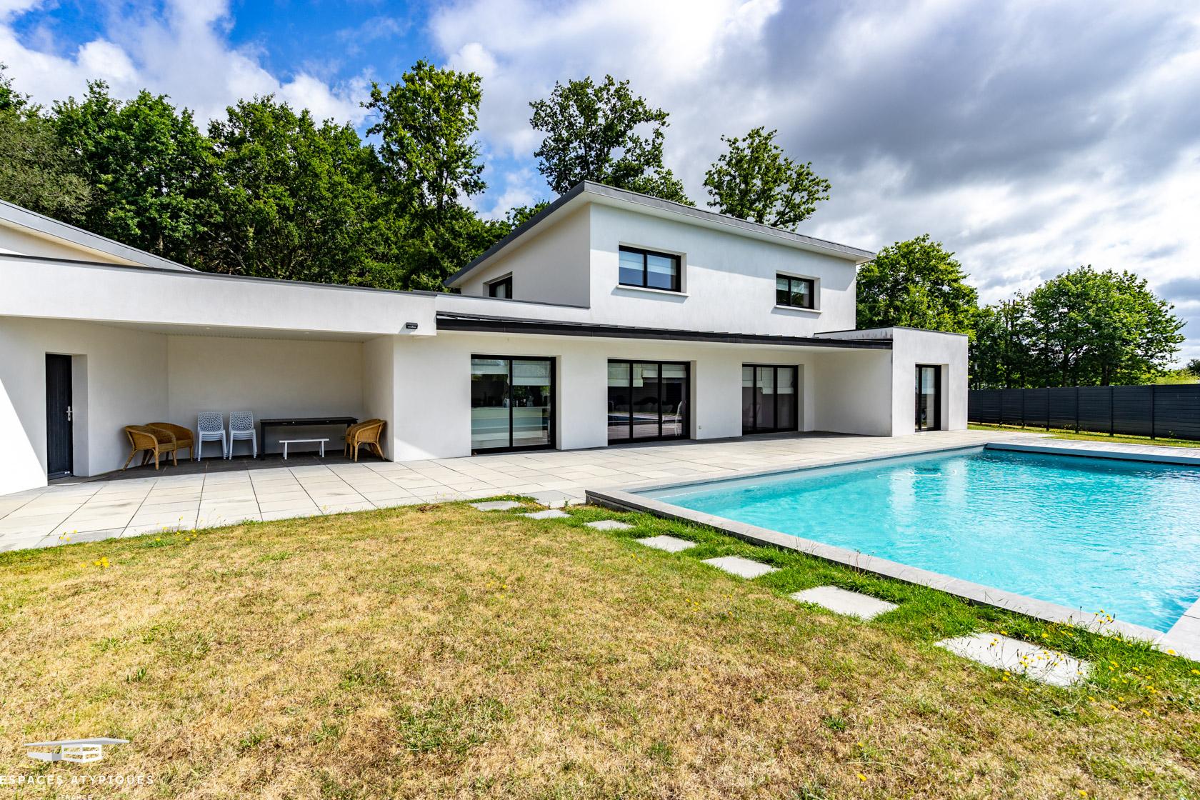 La Baule, Saint-André-Des-Eaux : Superbe Villa Contemporaine ... à Piscine La Cote Saint André