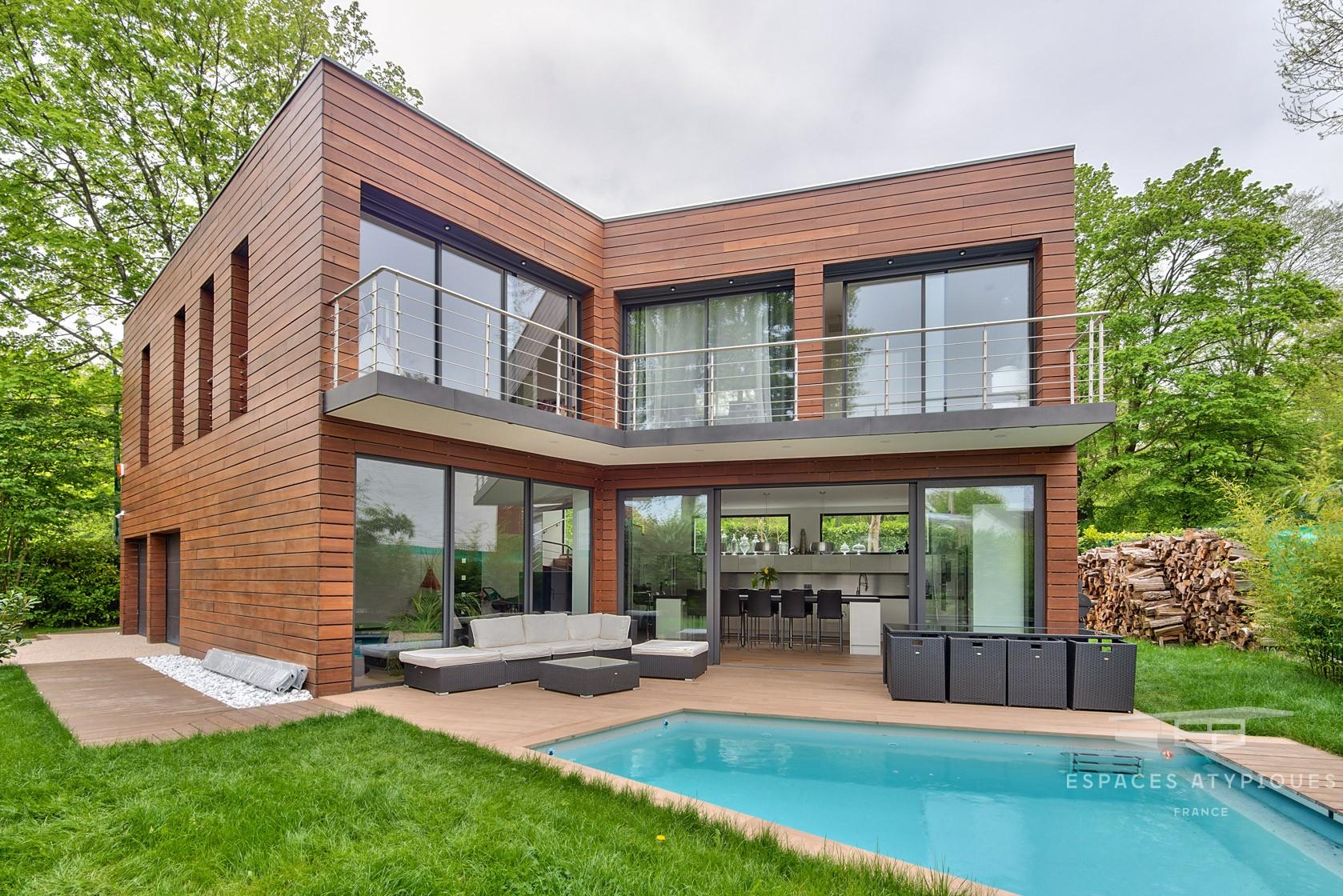 La Celle-Saint-Cloud : Contemporary Villa With Pool - Agence ... concernant Piscine Saint Cloud