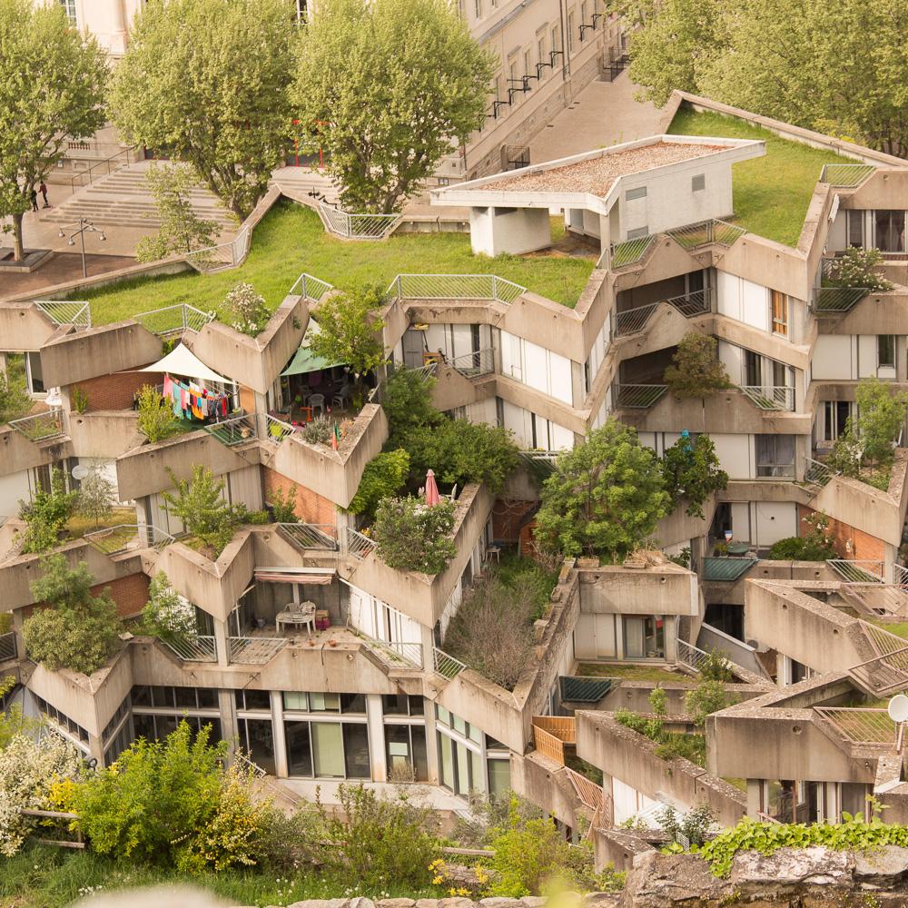 La Cité Des Etoiles De Givors, Jean Renaudie - Sandrillon In ... intérieur Piscine De Givors