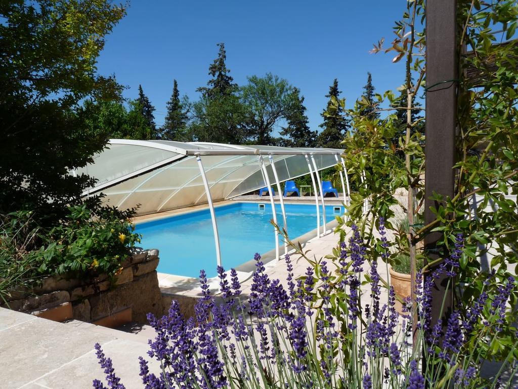 La Colline En Provence - Tout Confort - Au Calme - Centre ... serapportantà Salon De La Piscine 2017