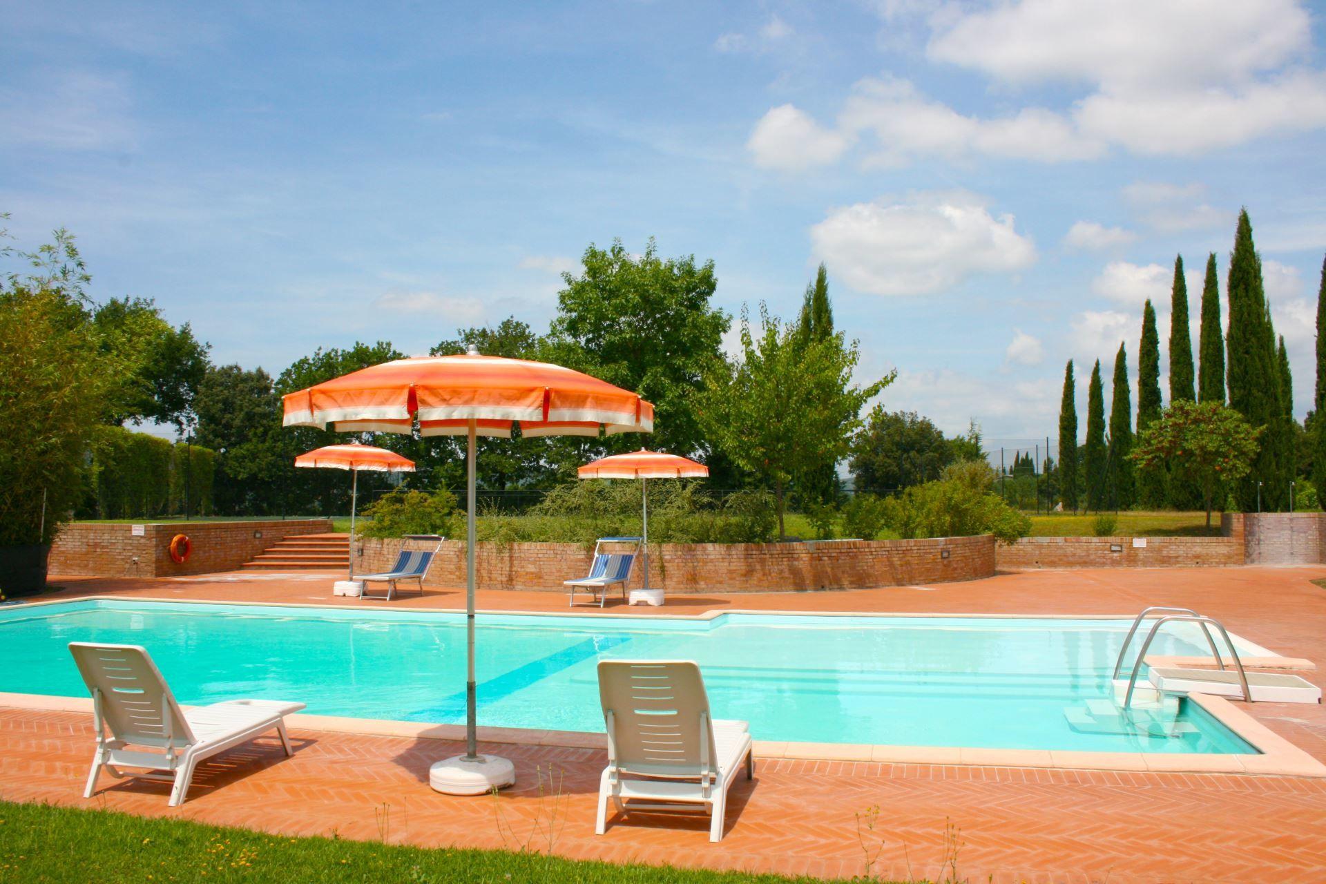 La Contea Location De Vacances - Couchages 12 Dans 6 ... pour Location Maison De Vacances Avec Piscine Privée