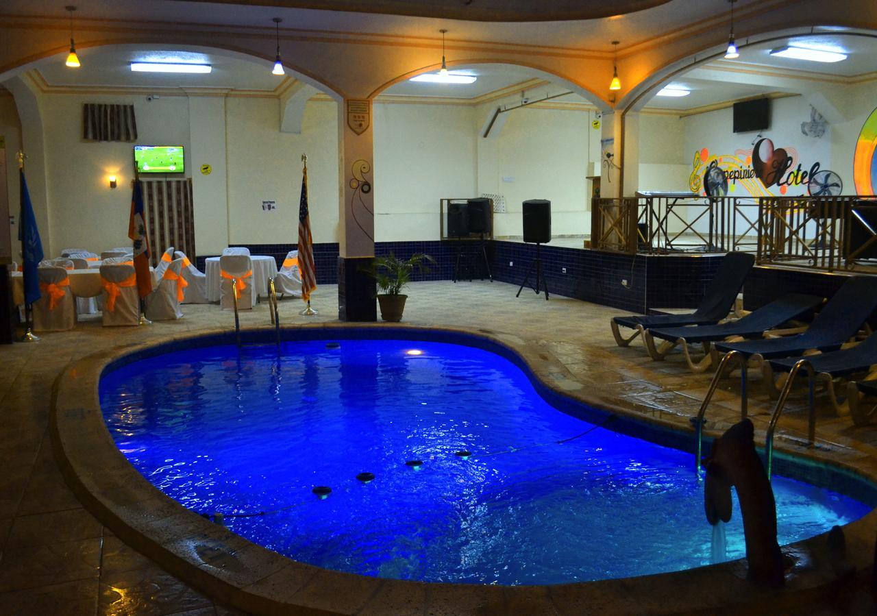 La Pepiniere Hotel, Petionville, Haiti - Booking à Piscine Pepiniere