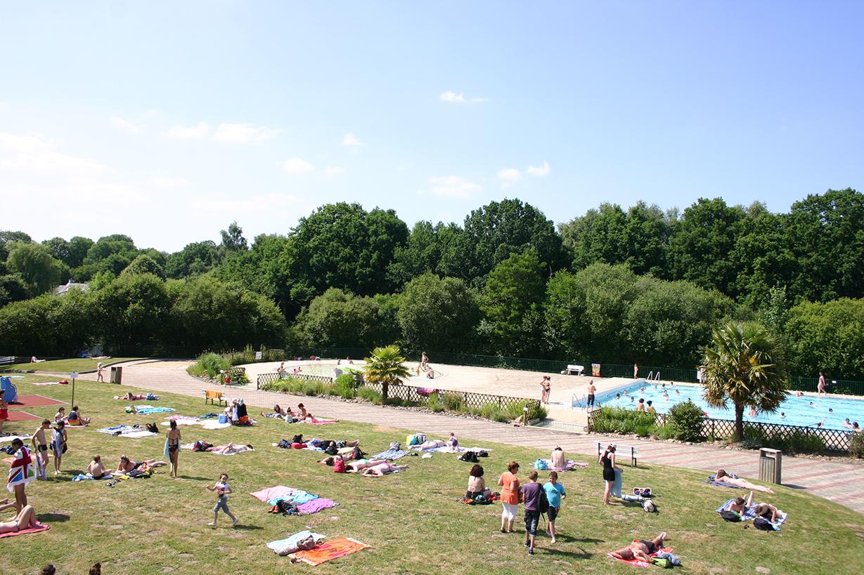 La Piscine Découverte - La Plage - Ville De Pontivy serapportantà Horaire Piscine Pontivy