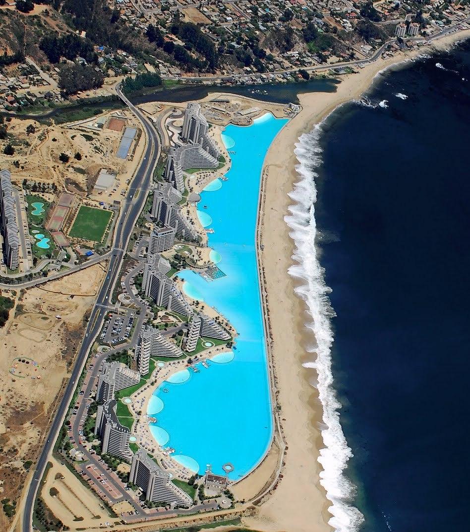La Plus Grande Piscine Du Monde : Crystal Lagoon Au Chili concernant La Plus Grande Piscine Du Monde