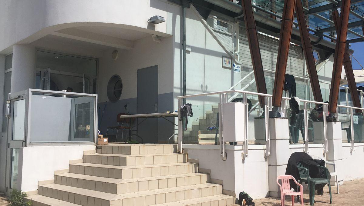 La Talaudière : La Mairie Prête Les Locaux De L'ancienne ... à Piscine La Talaudiere