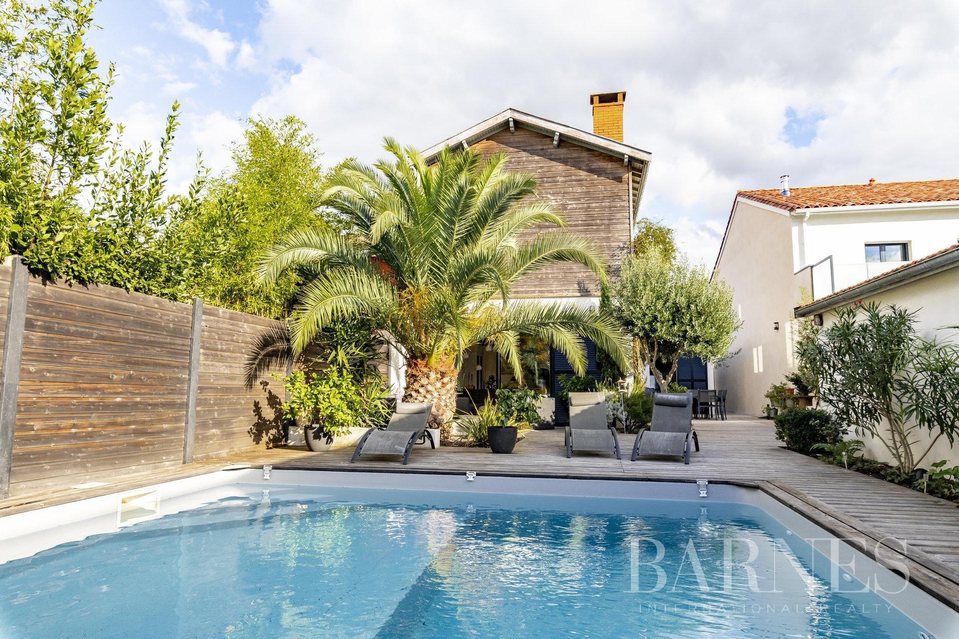 Le Bouscat - La Chêneraie - Maison De 165 M² Avec Piscine ... encequiconcerne Piscine Du Bouscat