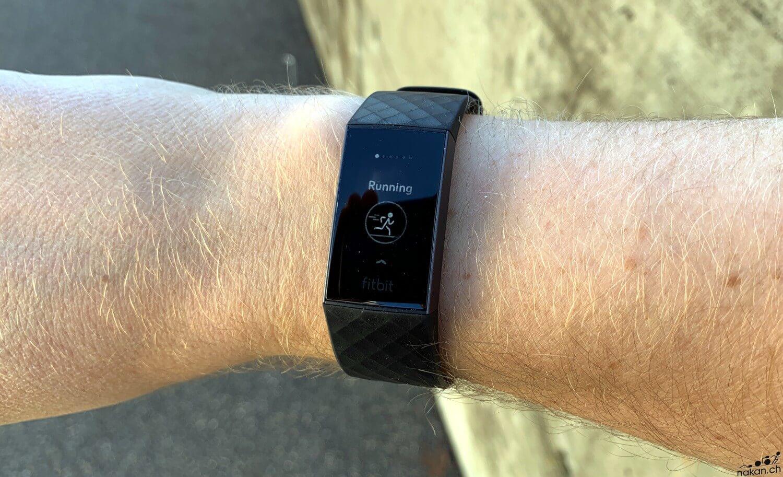 Le Bracelet Fitbit Charge 3 Testé De Fond En Comble - Nakan.ch tout Bracelet Connecté Piscine
