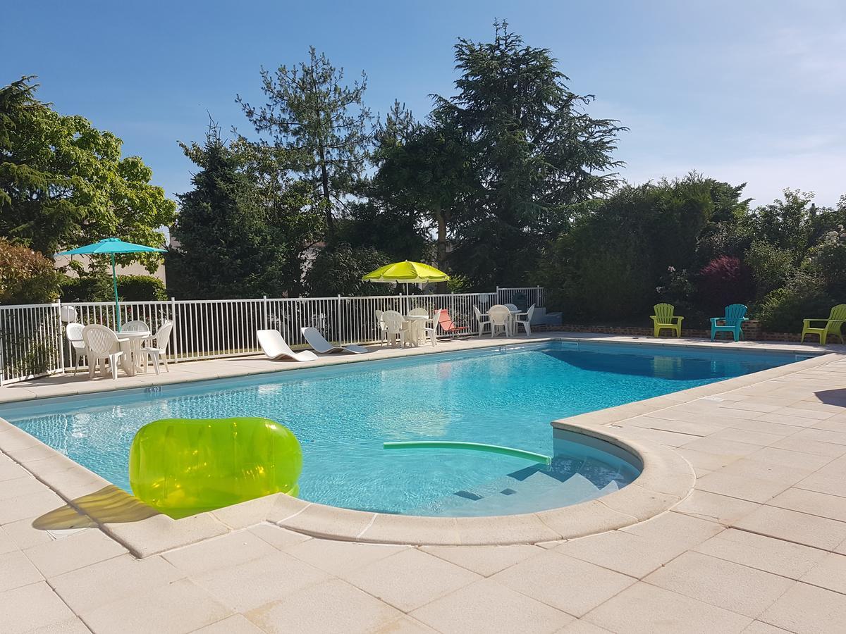Le Brit Hotel Dak Hotel, Avallon, France - Booking encequiconcerne Piscine Avallon