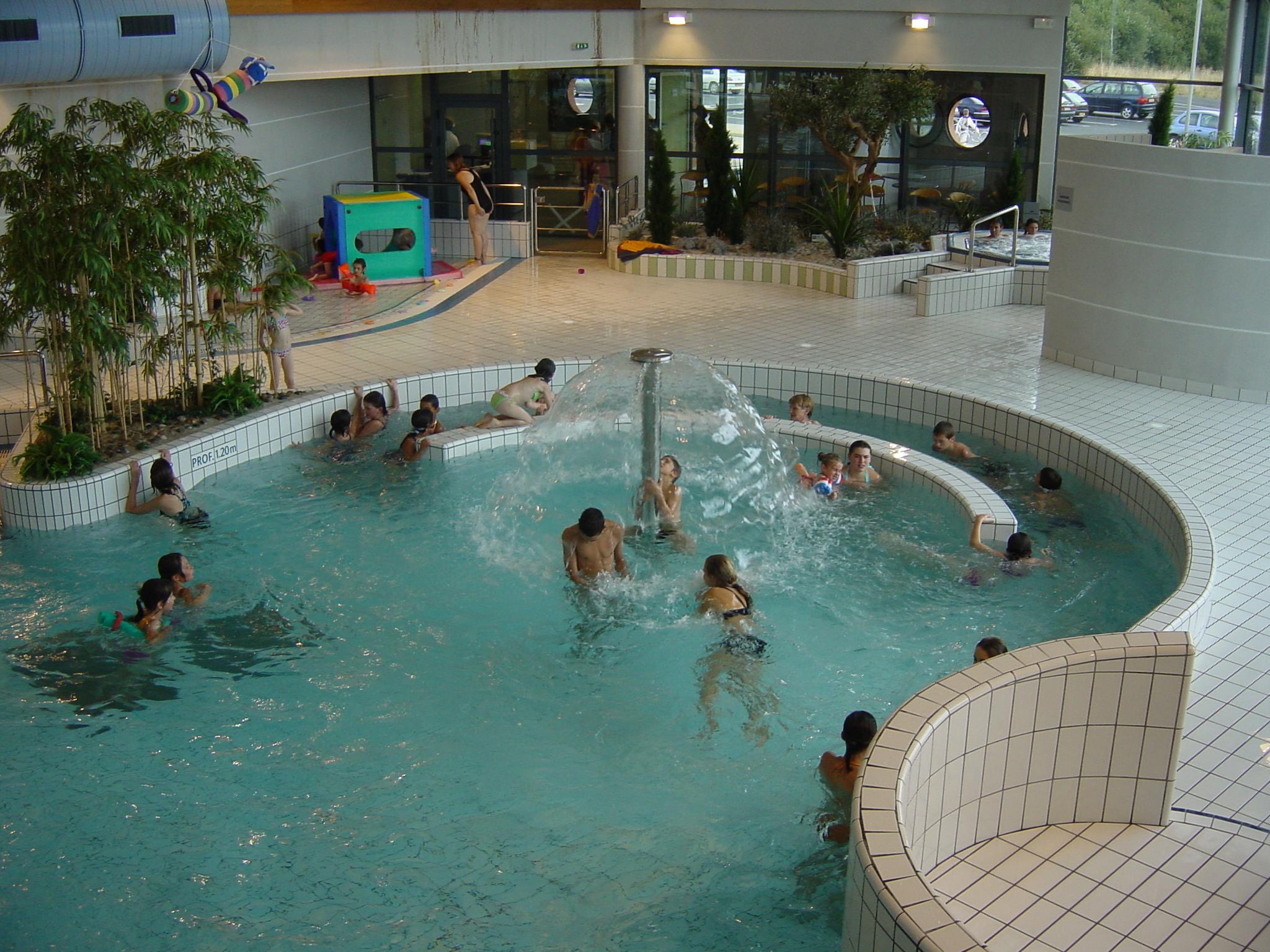 Le Centre Aquatique Le Grand 9 concernant Piscine St Philbert De Grand Lieu