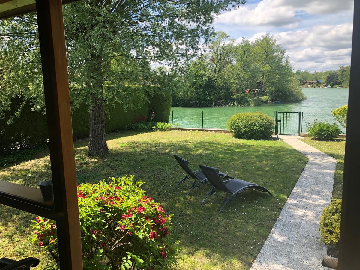 Le Chalet Du Lac - Domaine De La Goujonne (Fransa Saint ... concernant Piscine Montereau