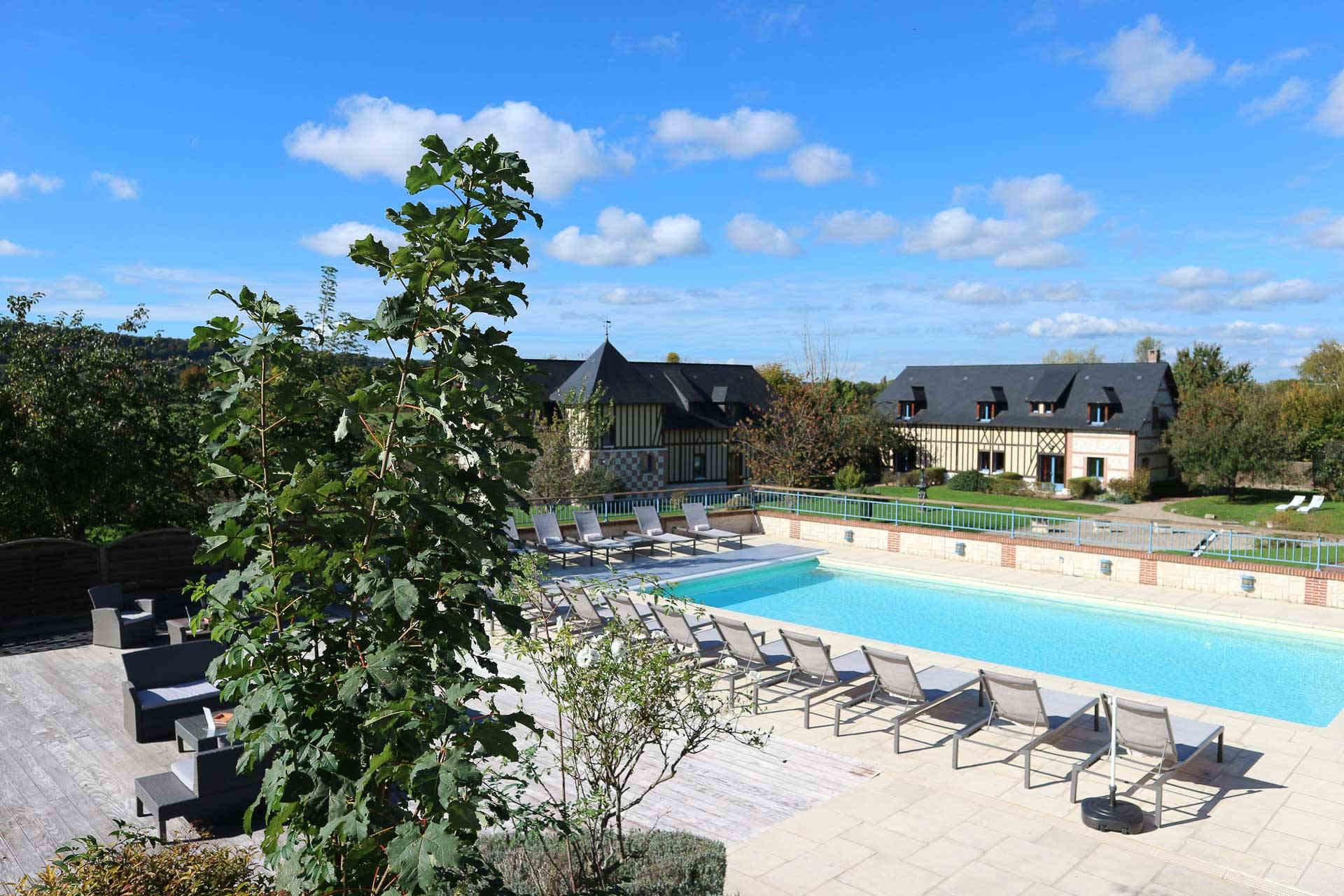 Le Clos Des Fontaines | Hotel Spa Normandie - Hotel Luxe ... encequiconcerne Hotel Avec Piscine Normandie
