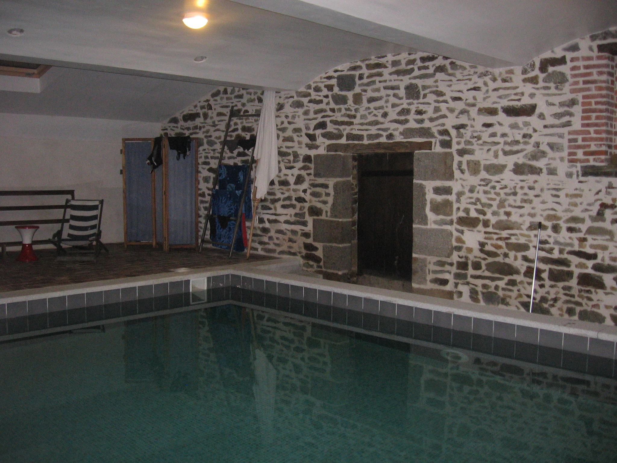 Le Gargouille - Townhouses For Rent In Boistrudan, Brittany ... tout Piscine Janze