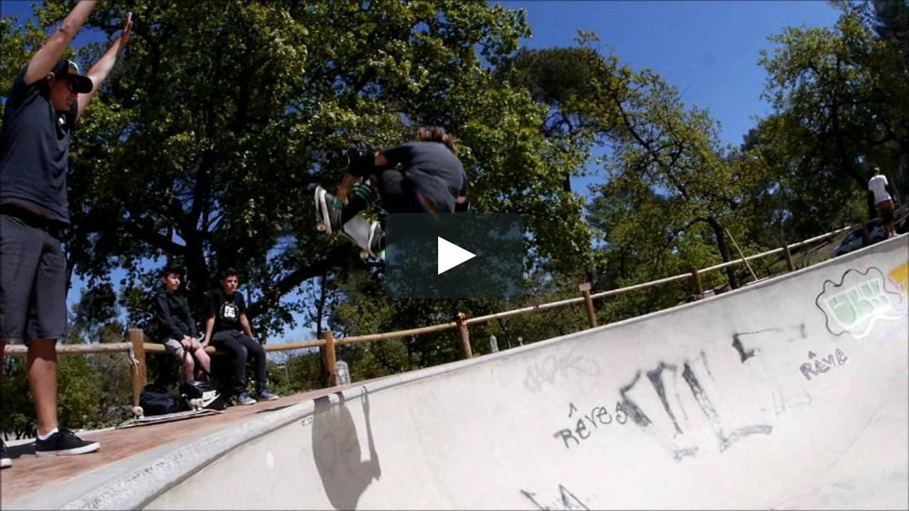 Le Lundi C'est Piscine ! Skatepark Fuveau On Vimeo dedans Piscine Fuveau