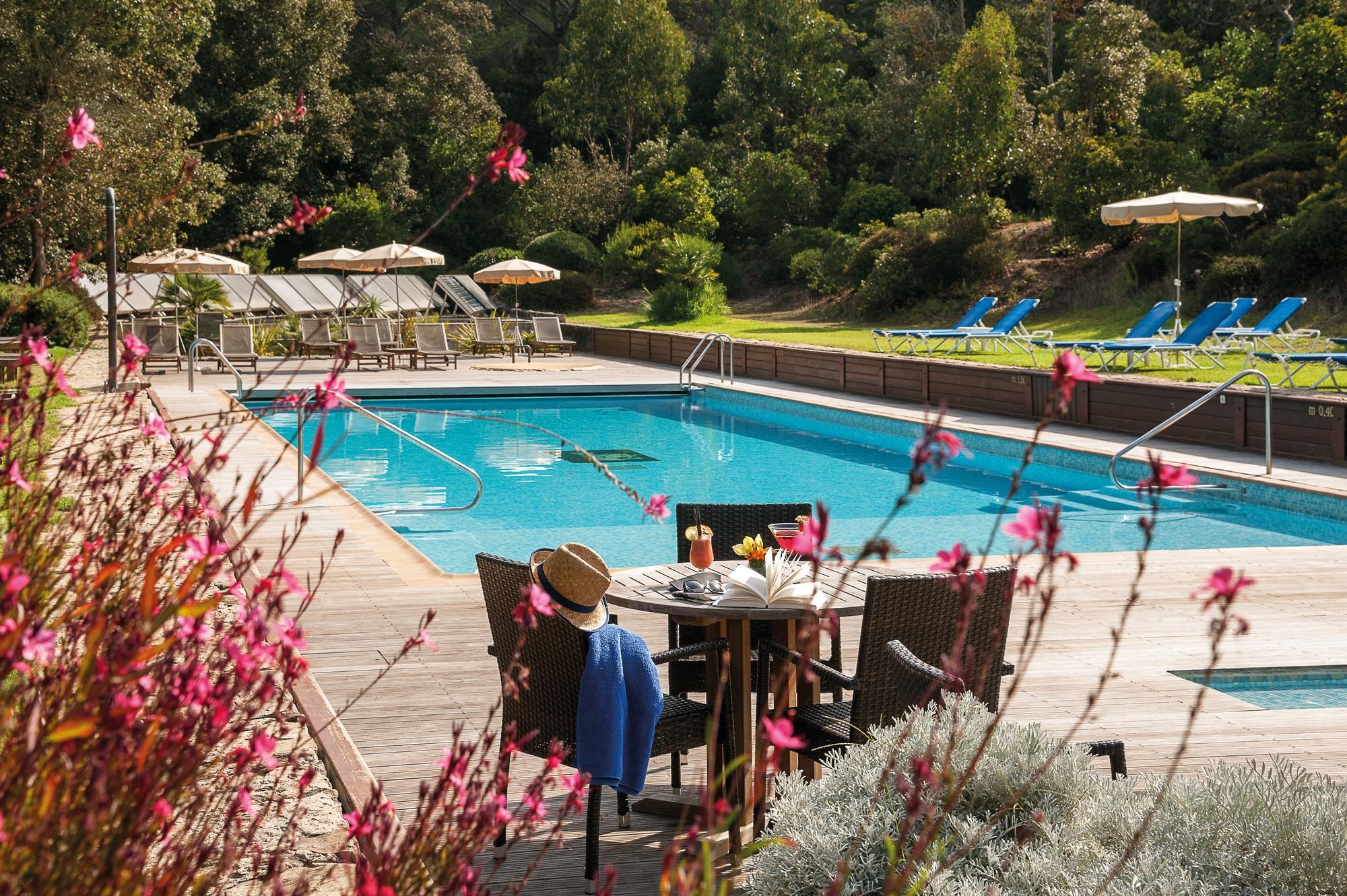 Le Mas Du Langoustier Hotel - Hyères Tourist Office Official ... avec Cash Piscine Toulon