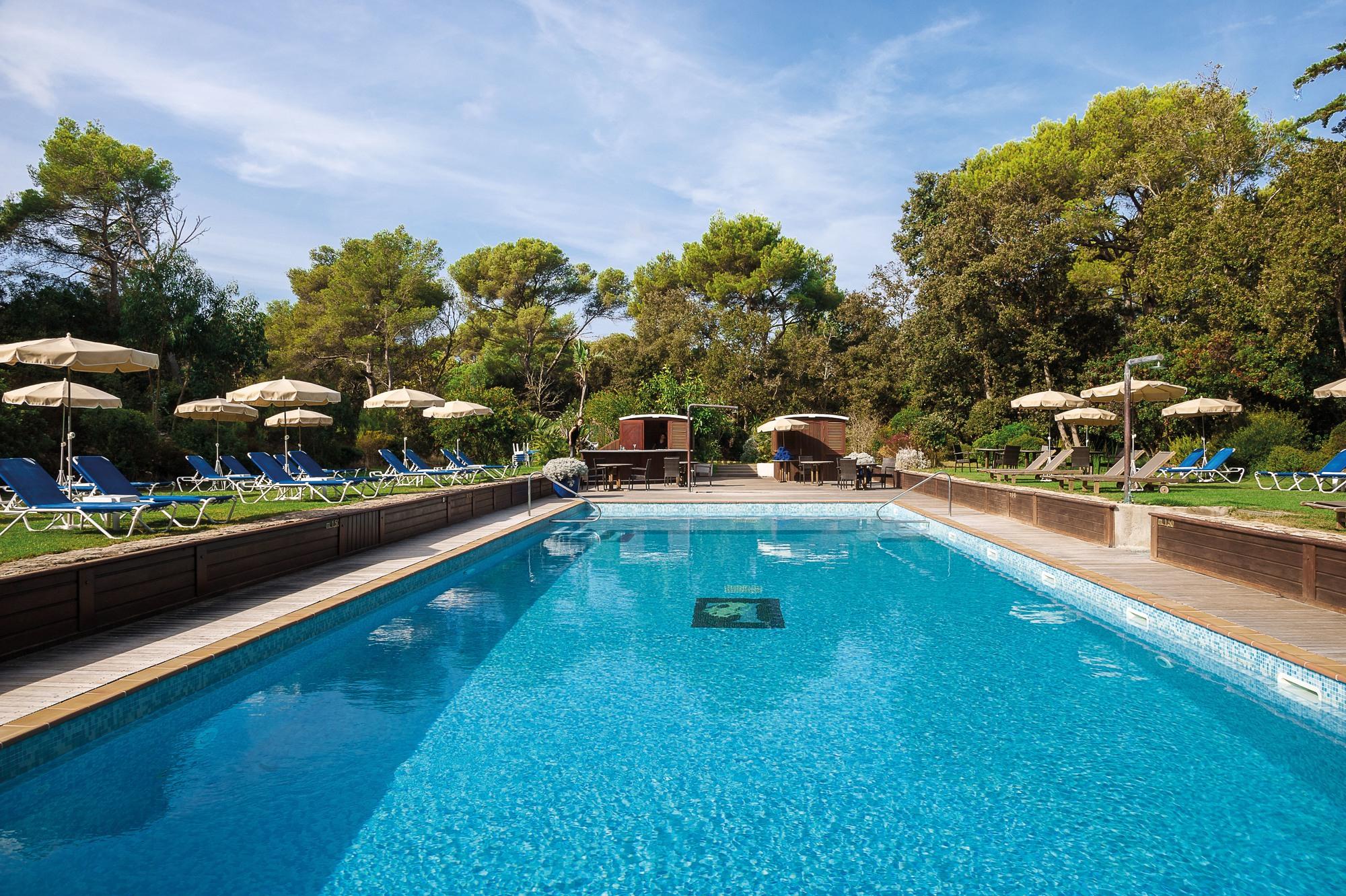 Le Mas Du Langoustier Hotel - Hyères Tourist Office Official ... dedans Cash Piscine Toulon